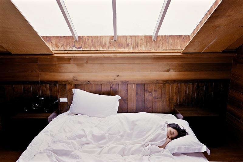 Principe et fonctionnement d'un lit escamotable