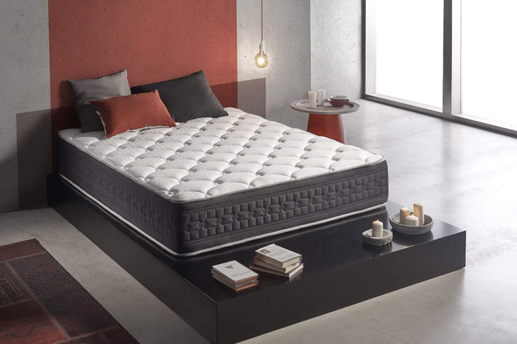 living sofa simpur relax matelas m moire de forme test. Black Bedroom Furniture Sets. Home Design Ideas