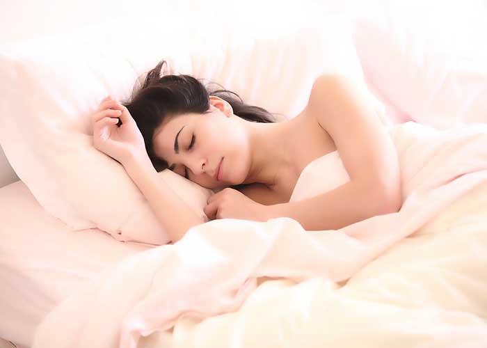 de quel côté dormir